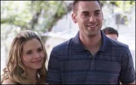 American Wives : Roxy tombe enceinte de Trevor, qu'arrive-t-il au bébé ?
