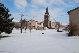 Commençons par un petit tour dans le village d'Athienville où les habitants se nomment les ...