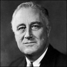 Comment s'appelait le projet de bombe atomique lancé par le président Roosevelt en 1942 ?