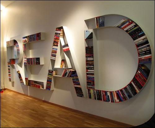 Vous aimez les livres, vous aimez la solution du roman Fahrenheit 451 de Ray Bradbury, pour que les livres survivent aux autodafés. Quelle est-elle ?