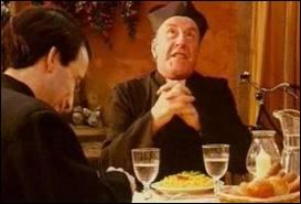 Tandis que Don Patillo défendait les pâtes...