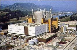 Laquelle de ces centrales, novatrice par son réacteur à neutrons rapides utilisant un combustible nucléaire au plutonium, est en cours de démantèlement ?