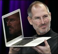 Comment s'appelle le créateur d'Apple ?