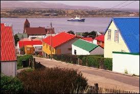 (à partir de maintenant, les mauvaises réponses sont TOUTES fantaisistes.) Quelle est la capitale des îles Falkland ?