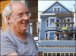 """21-6-2011. C'est officiel : la """"maison accrochée à la colline  de Maxime Le Forestier de couleur verte est redevenue bleue. Elle fut la source d'inspiration de l'un de ses premiers succès hippies. Où se trouve-t-elle ?"""
