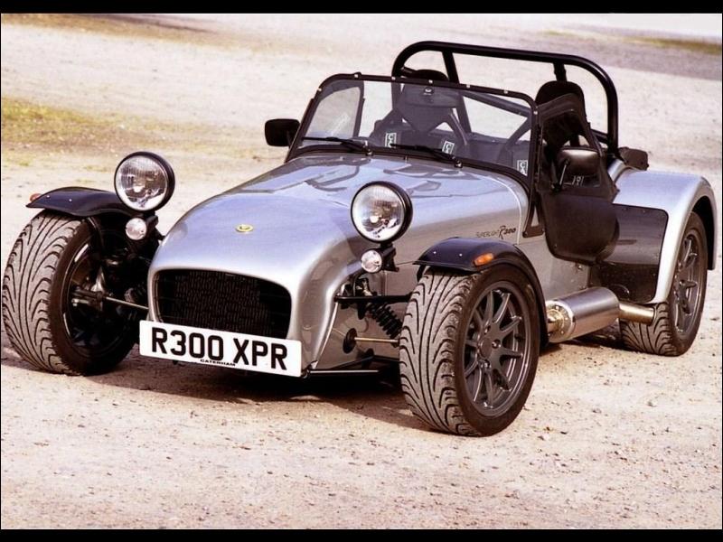 Cette voiture n'a pas été modifiée. Quelle est sa marque ?