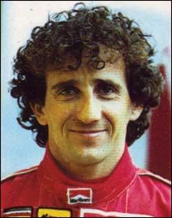 Alain Prost est l'un des plus grands champions automobile du XXe siècle, avec 51 victoires sur 199 participations. Combien de fois fut-il sacré champion du monde ?