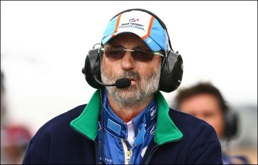 Sur plus de trente participations aux 24h du Mans, combien de fois Henri Pescarolo remporta-t-il l'épreuve ?