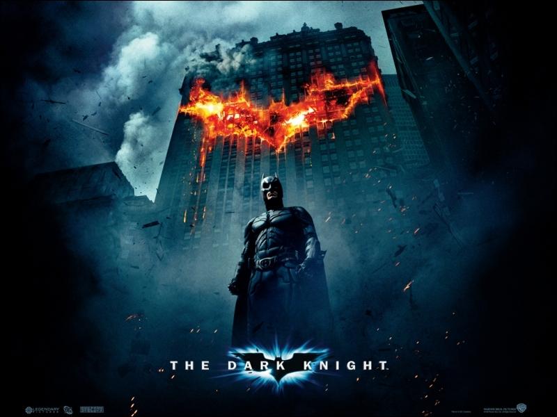 Ce film est le deuxième volet d'une trilogie de Christopher Nolan.