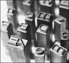 Au 19e siècle, avant d'être homme de lettres, il fut éditeur, imprimeur et fondeur de caractères typographiques. De qui s'agit-il ?