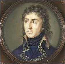 Napoléon,qui ne peut plus espérer de renforts venus de France devient le prisonnier de sa propre conquête. Quel général charge-t-il de poursuivre l'armée des Mamelouks en déroute jusqu'en Haute-Egypte ?