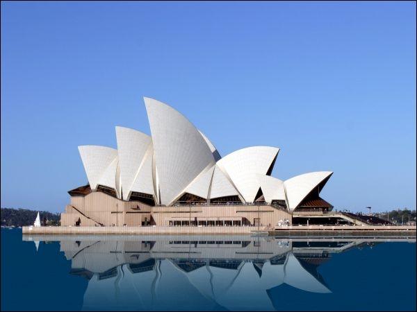Dans quel pays se trouve ce célèbre opéra ?