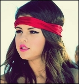 Selena est-elle styliste ?