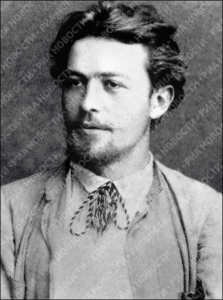 """Il est connu pour avoir écrit La Cerisaie. Gorki, dans sa correspondance, lui adresse cette belle phrase : """"Dieu vous donne longue vie, pour la gloire de la littérature russe ! """" Qui est-ce ?"""