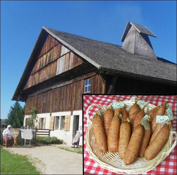 La saucisse de Morteau, appelée également la « Belle de Morteau » est une saucisse fumée de manière traditionnelle. Quel nom porte ces cheminées typiques ou sont fumées ces saucisses ?