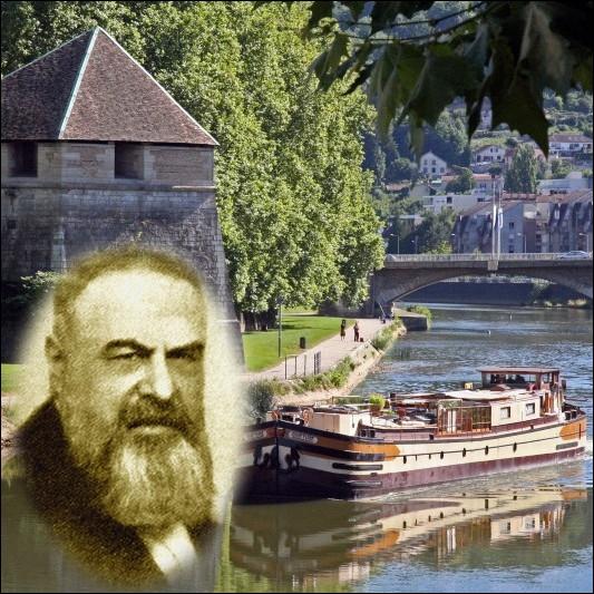 Romancier, auteur dramatique né à Besançon, célèbre pour ses mots d'esprit, il est l'auteur de cette citation :  Qui donne aux pauvres, prête à Dieu. Qui donne à l'Etat prête à rire.