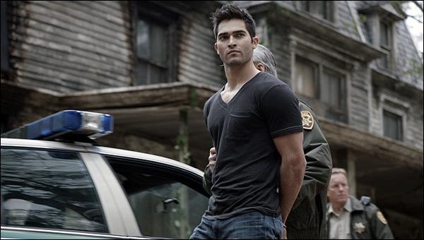 Que revient faire Derek en ville ?
