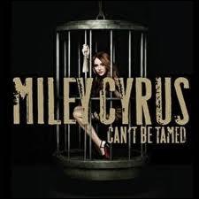Le single Can't be tamed a été sorti en...
