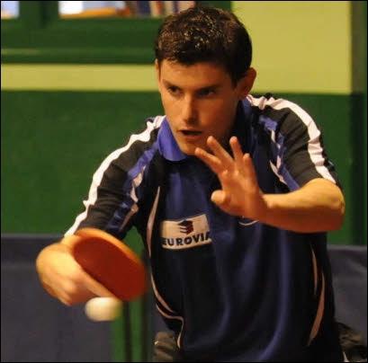 Dorian Quentel a participé aux championnats de monde de tennis de table 2003. Le ping-pong, comme on dit familièrement, est sport olympique depuis les Jeux qui se sont déroulés en 1988 à :
