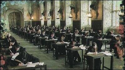 """Dans """"Harry Potter et le Prince de sang-mêlé"""", combien Harry Potter reçoit-il de B. U. S. E. ?"""