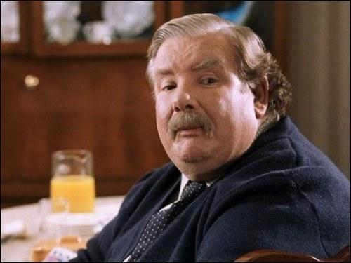 """Dans """"Harry Potter à l'école des sorciers"""", comment s'appelle l'entreprise qui vend des perceuses, dirigée par Mr. Dursley ?"""