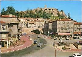 Je quitte les Alpes-de-Haute-Provence par la ville de Sisteron. Quel nom donne-t-on aux habitants de cette ville ?