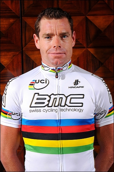 Champion du monde en 2009, je suis le premier australien vainqueur du tour de France. Je suis ... ... ... ... ... . .