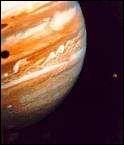 La plus grosse planète connue dans le système solaire :