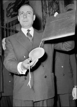 Il est le rédacteur de la Constitution de la Ve République et le premier Premier ministre de De Gaulle.