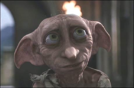 Comment s'appelle l'elfe de maison, libéré grâce à Harry ?