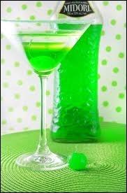 Le midori est un alcool vert. Mais à partir de quel fruit est-il produit ?