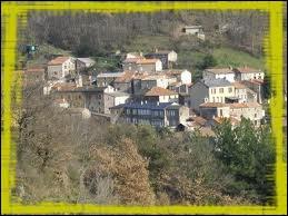Quel est le nom des habitants de la commune de Labastide-Esparbaïrenque ?