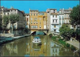 Je me rends à Narbonne. Quel nom donne-t-on aux habitants de cette ville ?