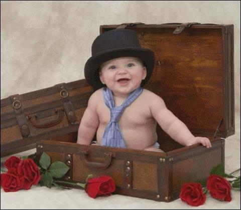 Et moi, qui suis un bébé farceur, je sors de ma (... ) et vous offre (... )( ... ), ma fantaisie et mon sourire.