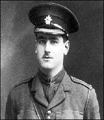 """Plus jeune auteur anglais à recevoir le prix Nobel de littérature. Il a refusé d'être anobli mais selon George Orwell il était """"un prophète de l'impérialisme britannique"""". C'est :"""