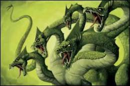 Lequel de ces héros tua l'Hydre de Lerne ?