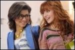Dans quel téléfilm les 2 actrices principales de   Shake it up   ont-elles joué ensemble ?
