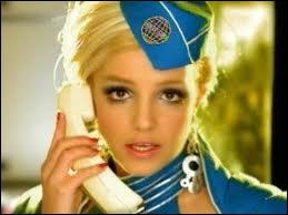Quelle chanson chante Britney Spears lors de ce clip ?