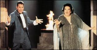 Qui sont ces deux monstres sacrés, l'une est soprano, l'autre égérie de la musique rock ? On les connait aussi pour avoir enregistré un album en 1987. Un titre fut repris lors des jeux de Barcelone.
