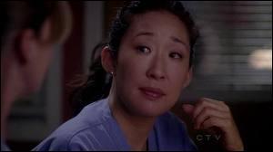 Dans la saison 07, qu'arrive-t-il à Cristina qui met son couple en péril ?