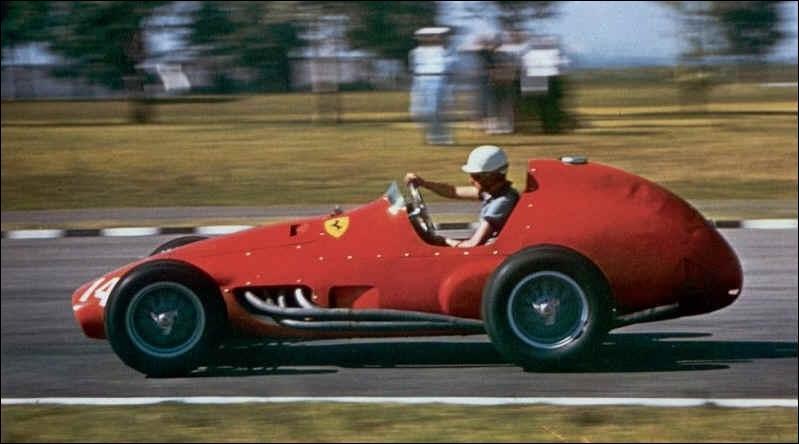 Quel est le lien de parenté existant entre Maurice Trintignant, vainqueur du Grand Prix de Monaco 1955, et l'acteur Jean-Louis Trintignant qui fut lui aussi coureur automobile ?