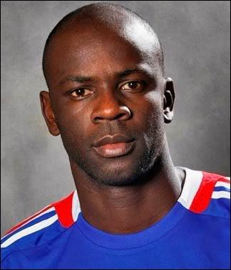 Lilian Thuram faisait partie de l'équipe de France de foot gagnante de la Coupe du monde 1998. Où est-il né ?