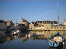 Les habitants de Pont-l'Abbé se font appeler les ...