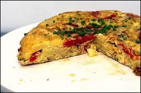 C'est une sorte d'omelette à la pomme de terre :