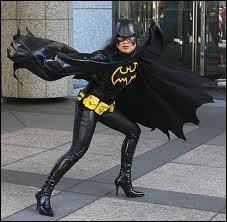 Qui est ce superhéros ? (Regardez bien)