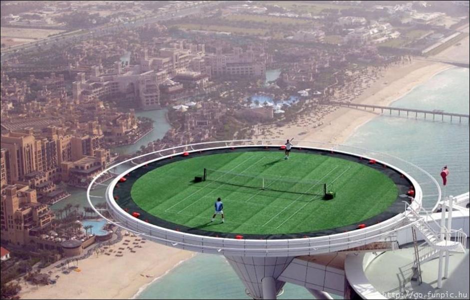 L' US Open de tennis est un tournoi du Grand Chelem sur :