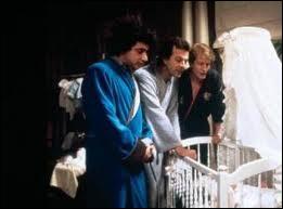 Dans quel film André Dussollier, Roland Giraud et Michel Boujenah chantent-ils ''Au clair de la lune'' ?
