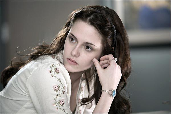 Twilight - Qui dit dans le 1er :  Vous avez apporté un casse-croûte.   ?