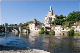 Partons visiter la ville de Montmorillon, où les habitants portent le gentilé ...