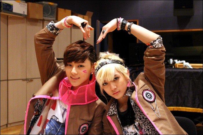 Qui a été choisi pour défiler lors de la Fashion Week de Séoul le 7 avril 2012 pour le créateur Park Yoon Soo ?
